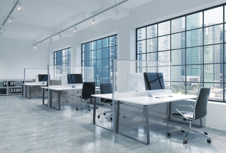 Transparente Schutzlösung im Büro