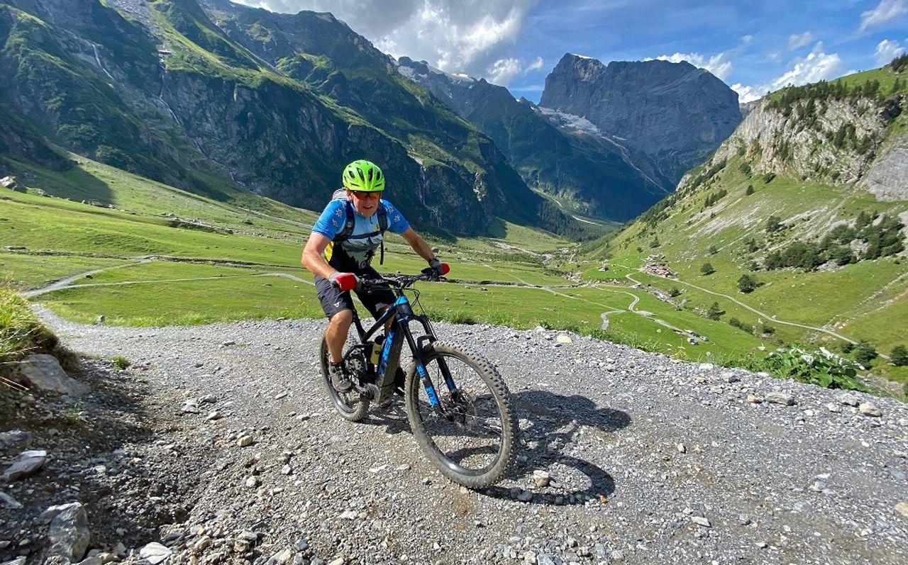 Peter Alpert beim Biken