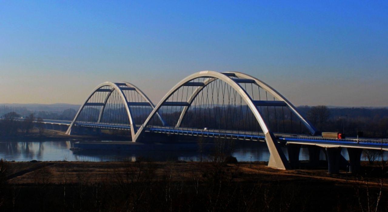Most drogowy w Toruniu